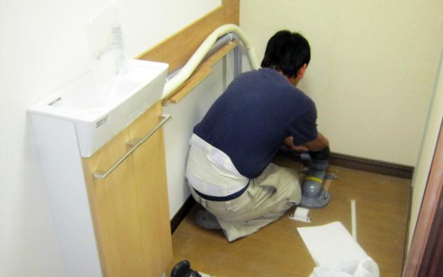 手洗い一体型L型トイレ設置
