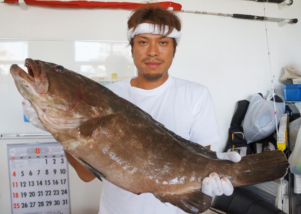落とし込み釣りで、高級魚アラを狙う | 武田総合ライフプラン 株式会社